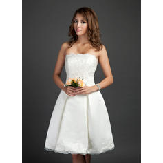 Newest Strapless A-Line/Princess Wedding Dresses Knee-Length Satin Sleeveless (002211505)