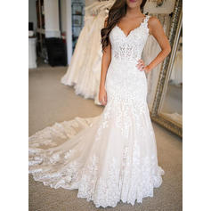 Trumpet/Mermaid V-neck Sweep Train Wedding Dresses With Appliques (002219382)