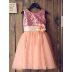A-Line/Princess Scoop Neck Tea-length With Flower(s) Tulle/Sequined Flower Girl Dresses (010211976)