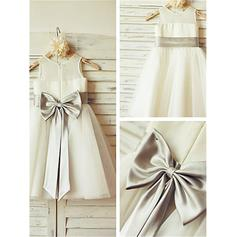A-Line/Princess Scoop Neck Knee-length With Sash/Bow(s) Tulle Flower Girl Dresses (010211852)