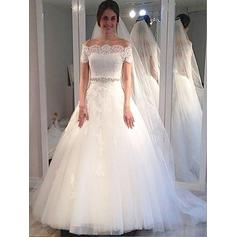 Delicate Off-The-Shoulder Ball-Gown Wedding Dresses Sweep Train Tulle Sleeveless