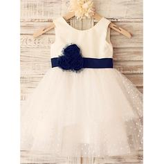 A-Line/Princess Scoop Neck Knee-length With Sash/Flower(s) Tulle Flower Girl Dresses