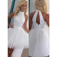 A-Line/Princess High Neck Knee-Length Homecoming Dresses