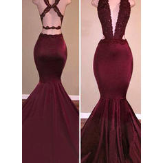 Trumpet/Mermaid V-neck Sweep Train Evening Dresses With Beading (017145409)