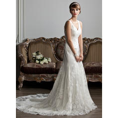 Trumpet/Mermaid Sweetheart Court Train Wedding Dresses With Ruffle Lace