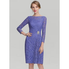 Sheath/Column Scoop Neck Knee-Length Lace Mother of the Bride Dress With Ruffle Beading