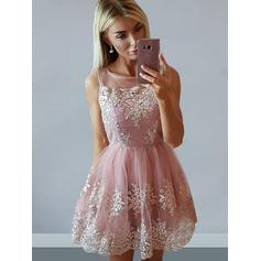 A-Line/Princess Square Neckline Short/Mini Tulle Homecoming Dresses With Appliques Lace (022212435)