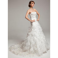 A-Line/Princess Sweetheart Chapel Train Wedding Dresses With Beading Cascading Ruffles