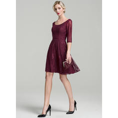A-Line/Princess Lace 1/2 Sleeves Scoop Neck Knee-Length Zipper Up Mother of the Bride Dresses