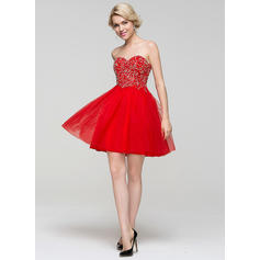 A-Line/Princess Sweetheart Short/Mini Homecoming Dresses With Beading