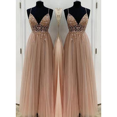 A-Line/Princess V-neck Floor-Length Prom Dresses With Appliques (018219379)
