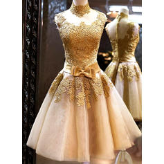 A-Line/Princess High Neck Knee-Length Prom Dresses With Bow(s) (018148324)