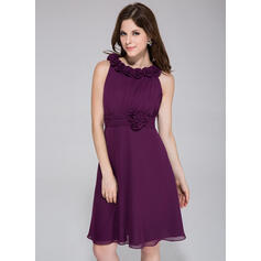 A-Line Scoop Neck Knee-Length Chiffon Bridesmaid Dress With Ruffle Flower(s) (007026082)