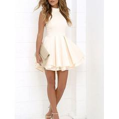A-Line/Princess High Neck Short/Mini Homecoming Dresses With Ruffle