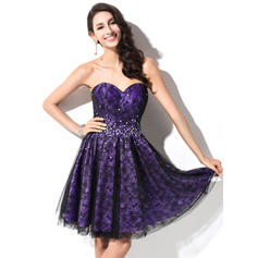 A-Line/Princess Sweetheart Short/Mini Homecoming Dresses With Beading Sequins (022214022)