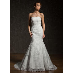 Trumpet/Mermaid Tulle Lace Sleeveless Strapless Chapel Train Wedding Dresses (002000634)