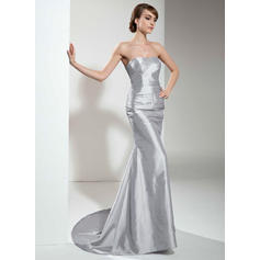 Trumpet/Mermaid Sweetheart Sweep Train Evening Dresses With Ruffle Beading (017021129)