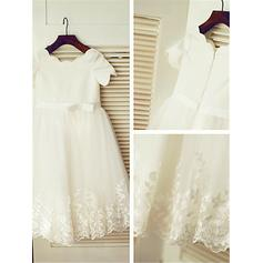 A-Line/Princess Scoop Neck Tea-length With Ruffles/Sash/Appliques Tulle Flower Girl Dresses