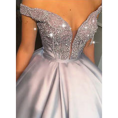 Ball-Gown Off-the-Shoulder Floor-Length Prom Dresses With Beading