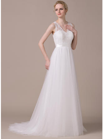 A-Line/Princess Sweetheart Sweep Train Wedding Dresses With Appliques Lace Bow(s)