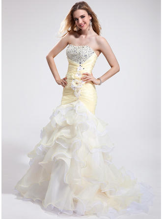 Trumpet/Mermaid Sweetheart Court Train Prom Dresses With Beading Feather Flower(s) Sequins Cascading Ruffles