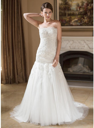 Trumpet/Mermaid Tulle Sleeveless Strapless Court Train Wedding Dresses
