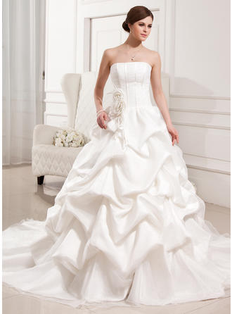 Chic Strapless Ball-Gown Wedding Dresses Cathedral Train Satin Organza Sleeveless