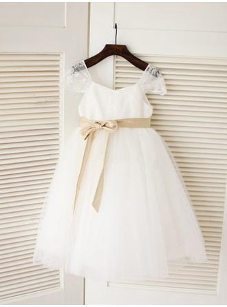 A-Line/Princess Square Neckline Knee-length With Sash Tulle Flower Girl Dresses