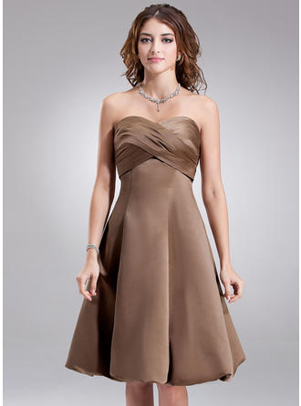 Empire Sweetheart Knee-Length Bridesmaid Dresses With Ruffle
