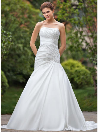 A-Line/Princess Taffeta Sleeveless Strapless Chapel Train Wedding Dresses