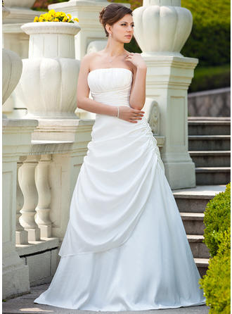 A-Line/Princess Taffeta Sleeveless Strapless Sweep Train Wedding Dresses