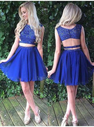 A-Line/Princess Scoop Neck Short/Mini Chiffon Homecoming Dresses With Beading