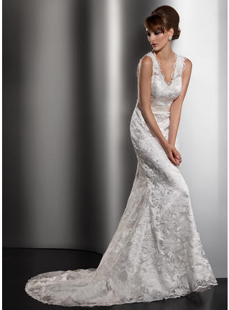Trumpet/Mermaid Sweetheart Court Train Wedding Dresses With Bow(s)