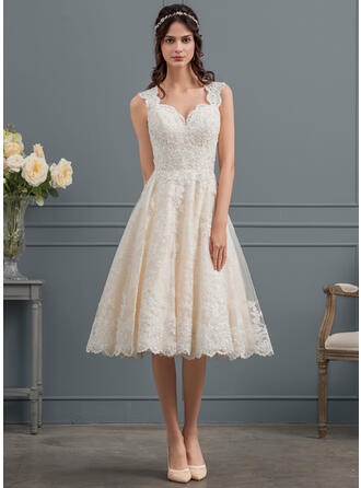 Ball-Gown/Princess Sweetheart Knee-Length Tulle Lace Wedding Dress With Beading Sequins