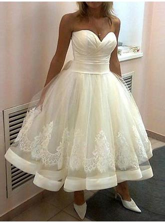 Ball-Gown Sweetheart Tea-Length Wedding Dresses With Lace