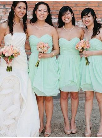 Sheath/Column Sweetheart Knee-Length Bridesmaid Dresses With Cascading Ruffles
