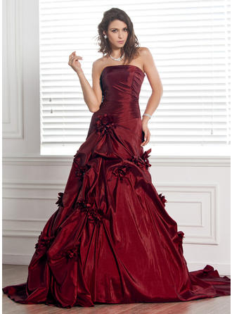 Ball-Gown Taffeta Sleeveless Strapless Court Train Wedding Dresses