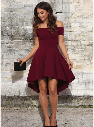 A-Line/Princess Off-the-Shoulder Asymmetrical Homecoming Dresses With Ruffle