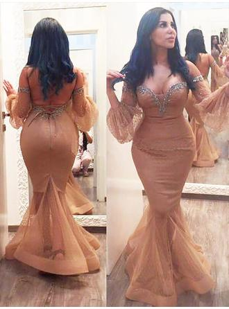 Trumpet/Mermaid Off-the-Shoulder Floor-Length Prom Dresses With Ruffle Beading