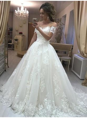 Ball-Gown Off-The-Shoulder Sweep Train Wedding Dresses With Appliques Lace