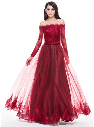A-Line/Princess Off-the-Shoulder Floor-Length Tulle Prom Dresses With Appliques Lace