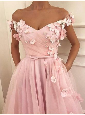 A-Line/Princess Off-the-Shoulder Floor-Length Prom Dresses With Beading Appliques Lace Bow(s)