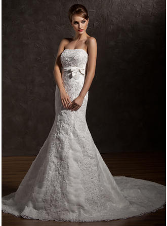 Stunning Strapless Trumpet/Mermaid Wedding Dresses Chapel Train Organza Sleeveless