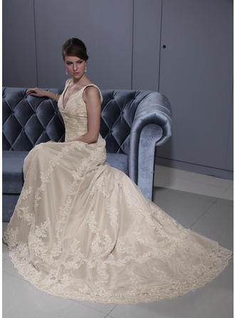 A-Line/Princess Sweetheart Court Train Wedding Dresses With Lace Beading