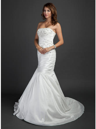 Simple Strapless Trumpet/Mermaid Wedding Dresses Court Train Taffeta Sleeveless