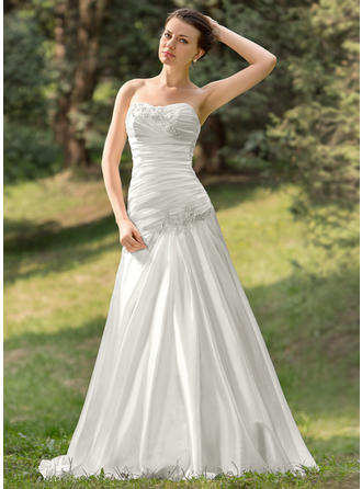 A-Line/Princess Sweetheart Sweep Train Wedding Dresses With Ruffle Beading Appliques Lace Sequins