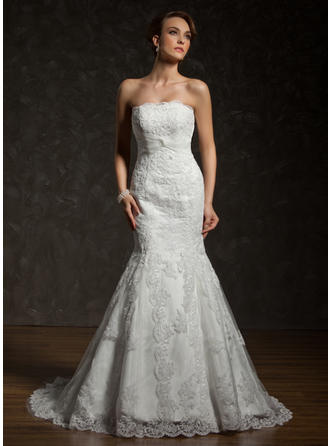 Trumpet/Mermaid Tulle Lace Sleeveless Strapless Chapel Train Wedding Dresses