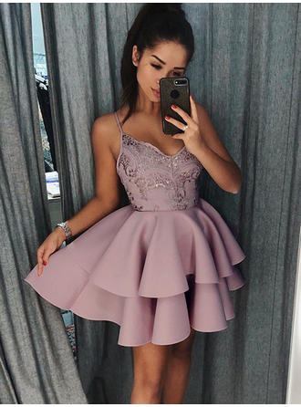 A-Line/Princess V-neck Short/Mini Stretch Crepe Homecoming Dresses With Ruffle Appliques Lace