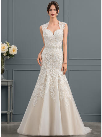 Trumpet/Mermaid Sweetheart Court Train Tulle Lace Wedding Dress With Beading