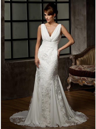 Trumpet/Mermaid Sweetheart Court Train Wedding Dresses With Ruffle
